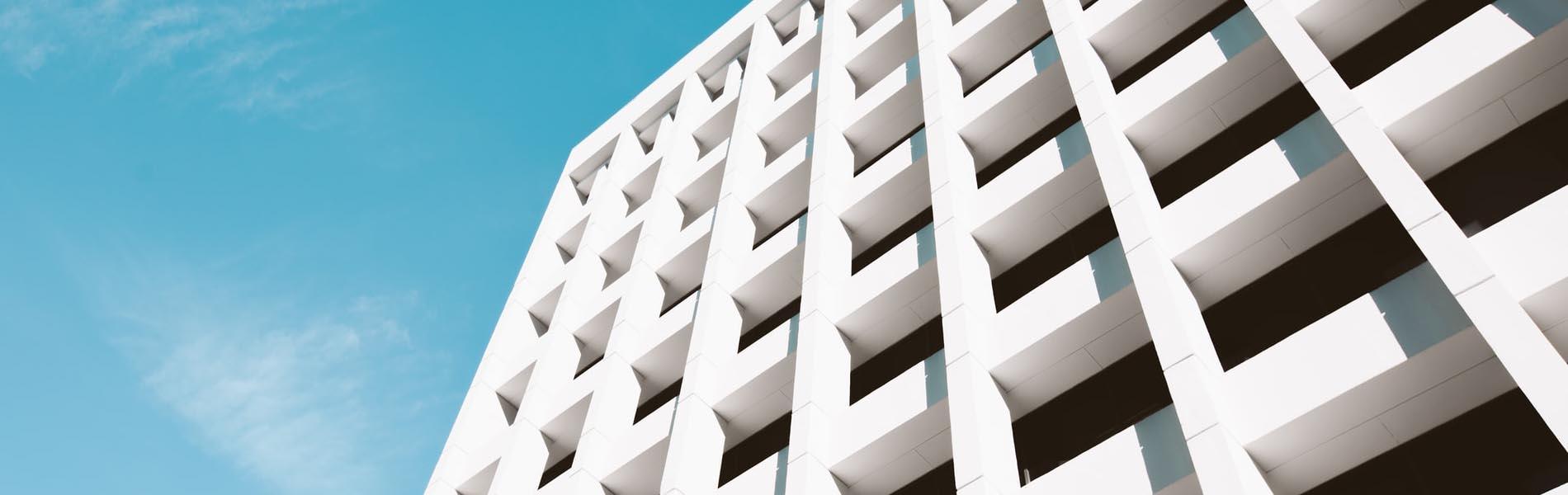Kostenersparnis bei Versicherungen durch Rahmenverträge