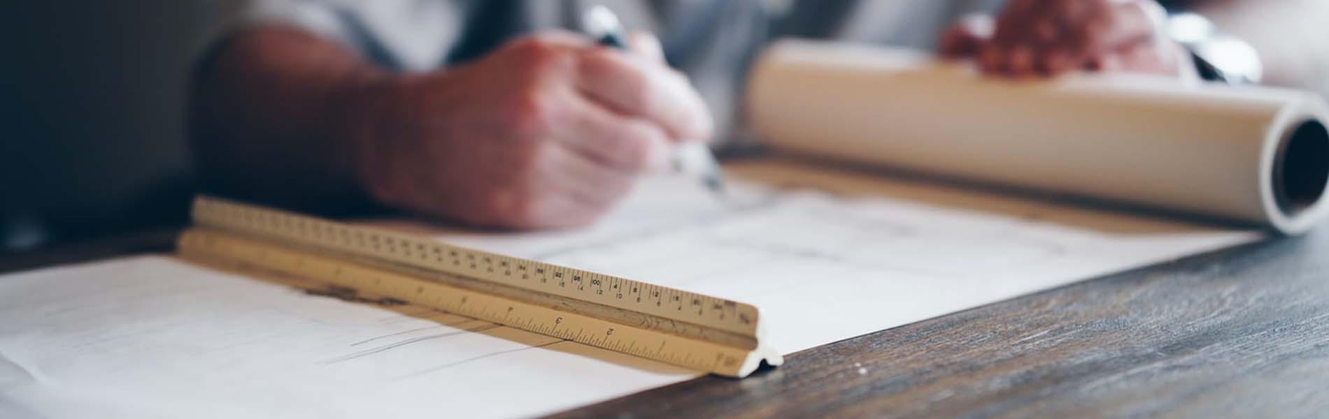 Planung und Koordination von Renovierungsarbeiten
